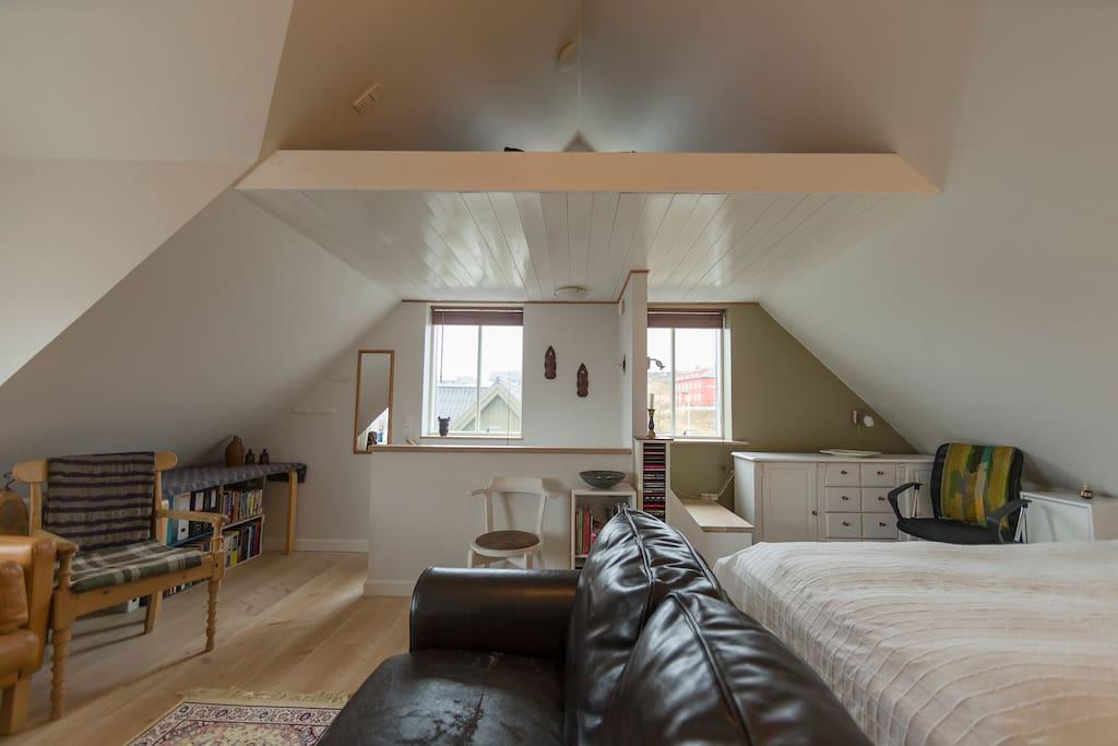 Soveværelse på loftet