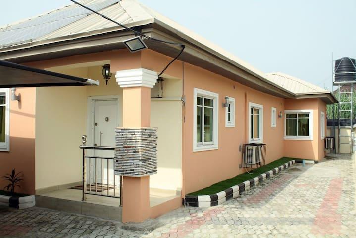 Beautiful bungalow - 2 bedrooms - Lekki - Apartament