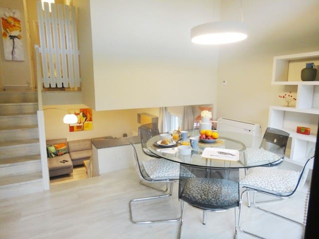 Kifissia Center - Stylish Loft apartment .