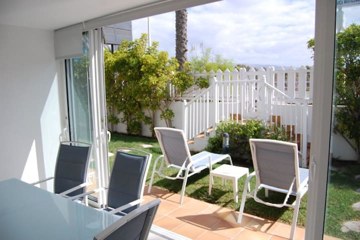 Beach Apartment LaCharca ****
