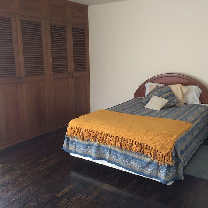 vista 1 habitación cama doble