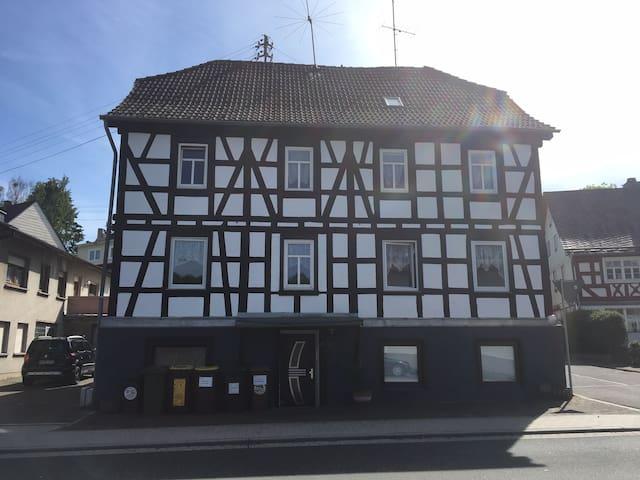 """""""HS3"""" - renoviertes Fachwerkhaus bis 17 Gäste"""