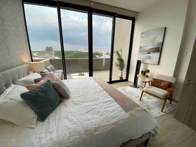 Habitación amplia con cama King Size