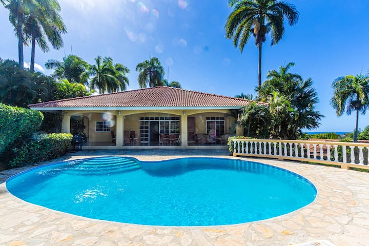 Hispaniola spacious villa.