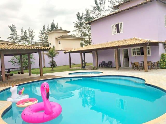 Casa em frente a praia - Unamar / Cabo Frio