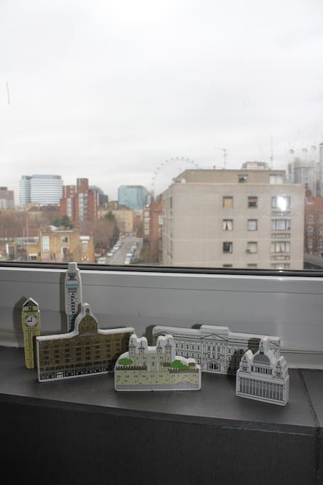 London Eye View from Kitchen
