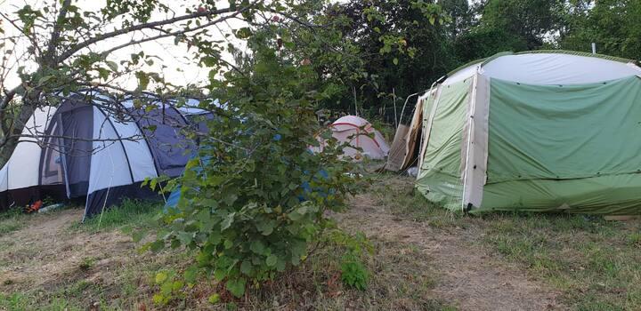 Кемпинг в палатке в горах Кавказа(Адлер). 2 МЕСТА