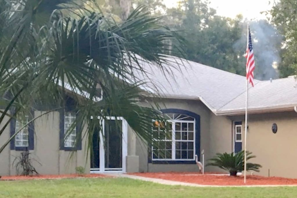 It sits on 1.3 acres, just steps from the beautiful Withlacoochee River.