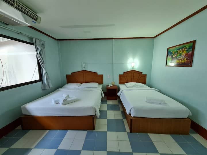 Nice Triple Room at Phu Nga Hotel