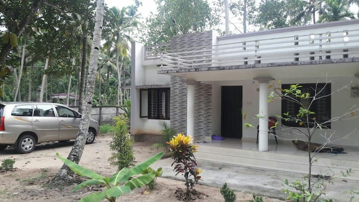 New independent villa near Amritapuri (a/c & wifi)