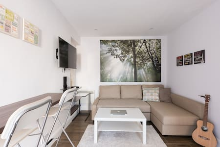 Contemporary London Apartment - Colindale