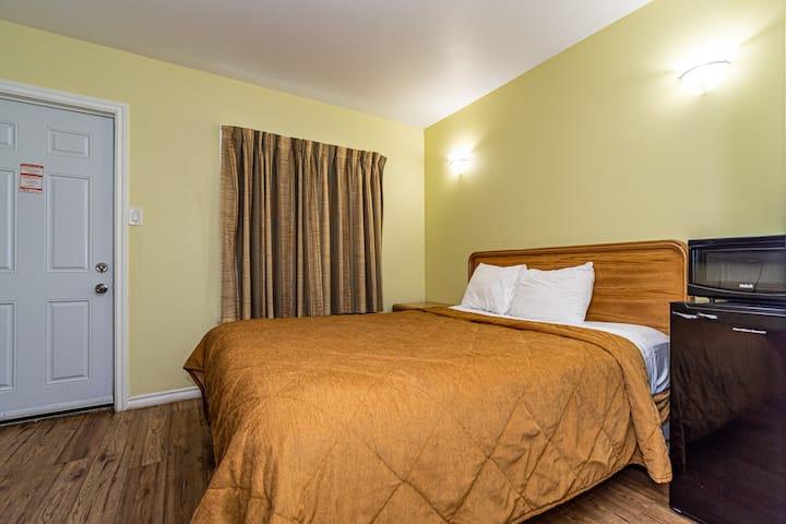 Single Private Room Niagara Falls