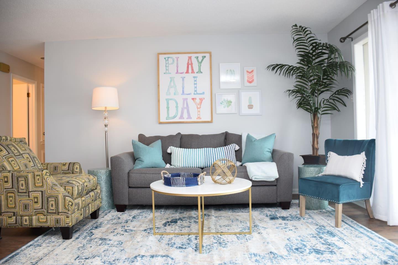 Living Room (Queen Sleeper Sofa)