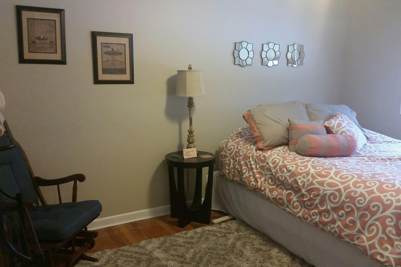 Private room in Grandville