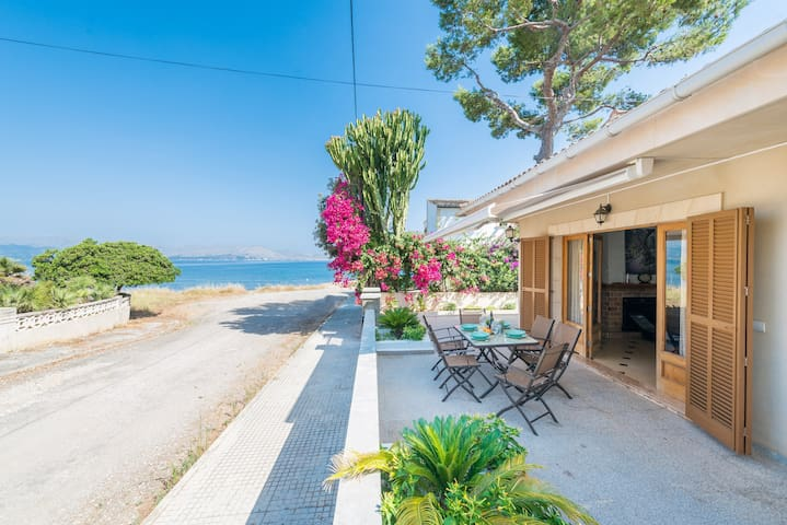 VILLA MANRESA - Chalet with sea views in Alcúdia - Manresa.