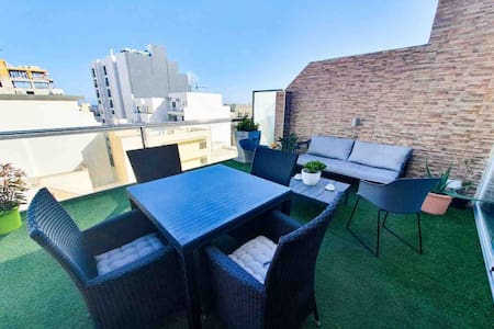 Amazing Penthouse in the heart of St. Julians