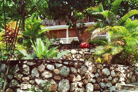 Poze Guest House - En bas - Cayes-de-Jacmel - Dom