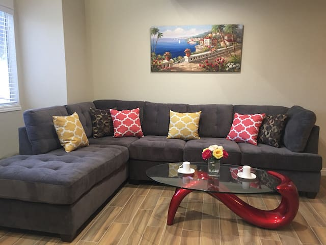 Cozy loft style, 5 min to Strip - Las Vegas - Loteng Studio