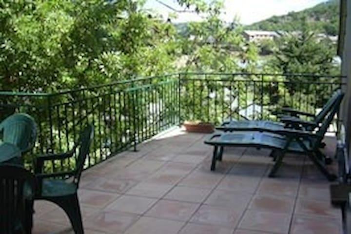 Cévennes: Appartement avec vue
