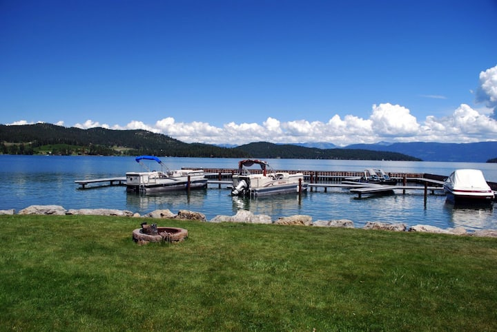 Wonderful Flathead Lake, Pet Friendly Home! Lakeshore Retreat