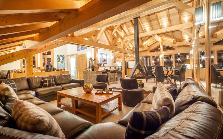 Typical and unique chalet 500 meters from Morzine slopes