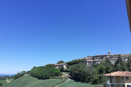 """Apartment, castle and sea view """"casa Bocci"""""""