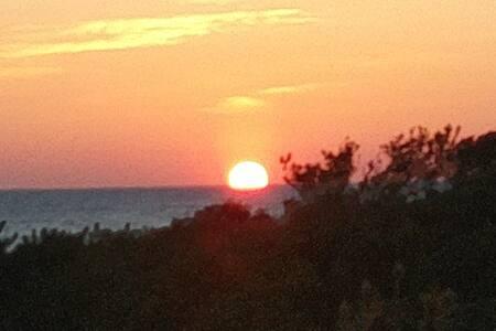 海岸徒歩2分 日の出が見れる  ヴィラあしか島