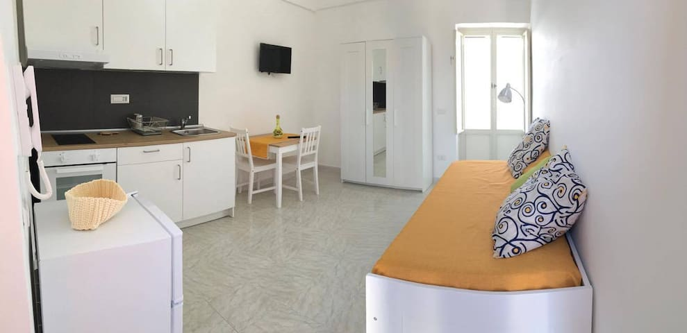 Moderno e Luminosissimo Monolocale - Procida - House