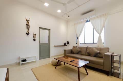 Earthy w/ Terrace - Beautiful, Relaxed 1BHK