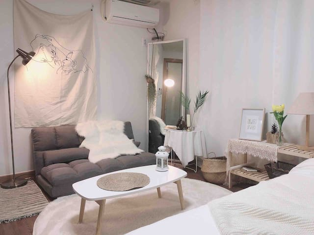 5min hongdae station clean&cozy house #3