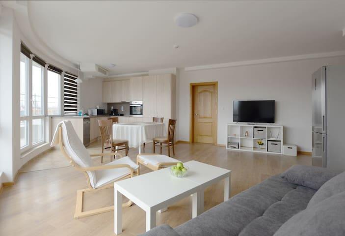 Gorublyane Suite D
