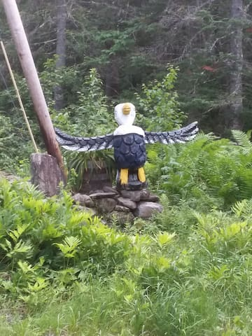 Eagle Totem to welcome you