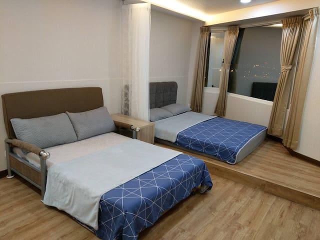 西門町夜景3~4人房  Ximending night view twins room