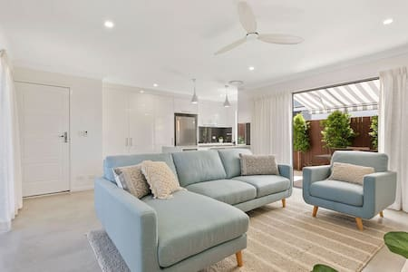 Wynnum Beach House