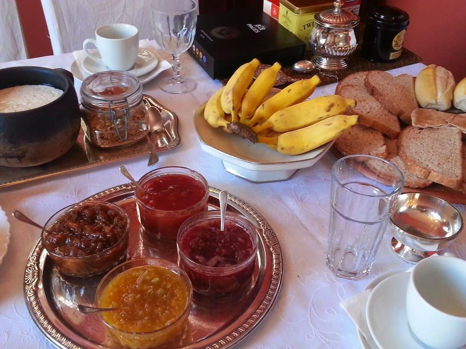 Nosso café da manhã colonial