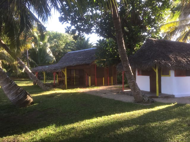 tongasoabeach  maison coco