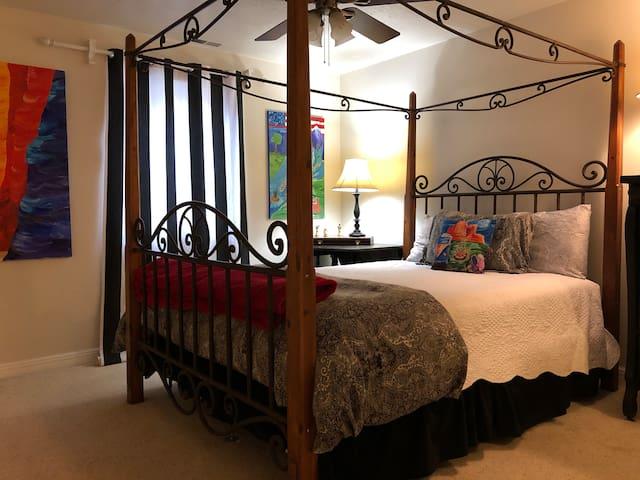 Queen Bed/Internship Special