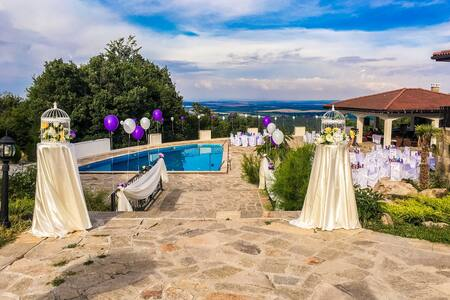 Deluxe Villa With Pool With Stunning Mountain View
