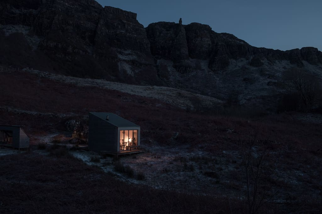 Incredible picture by Richard Gaston, airbnb guest and fantastic photographer who stayed in Sweeney's Bothy in Feb 2018.  Thank you for this stunning photograph Richard.  www.richardgaston.com