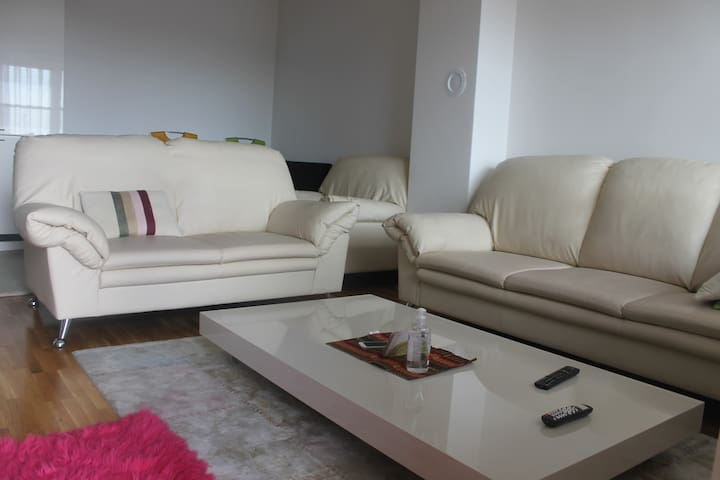 NEW modern apartment in Prishtina on the 1st floor - Prishtinë - Wohnung