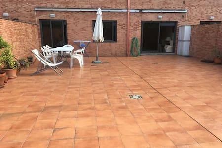 Piso con amplia terraza en Sanxenxo