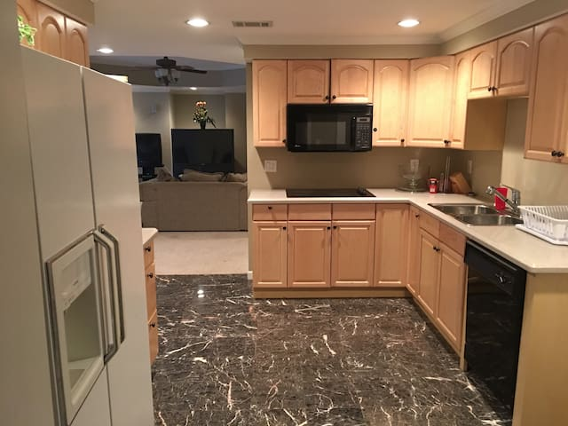 Nice+Private Finished Basement - Lawrenceville - Altro