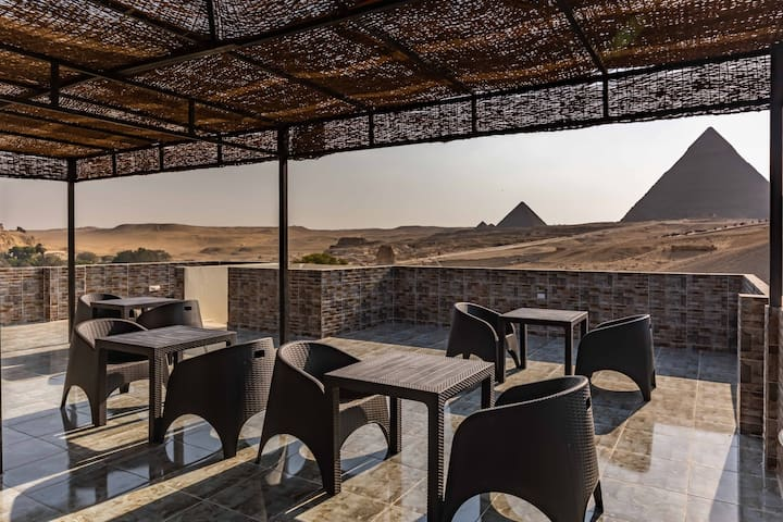 PYRAMIDS GUEST HOUSE