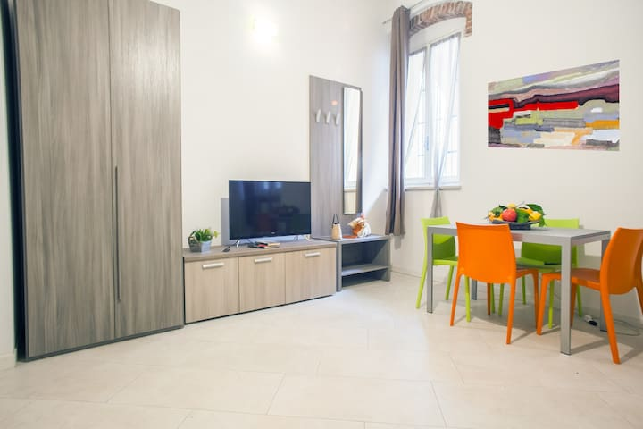 Large and quiet studio ideal for 2 people! 81261 - Verona - Apartment