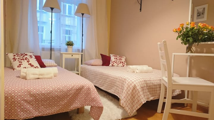 Cozy and cute room in the heart of Old Town