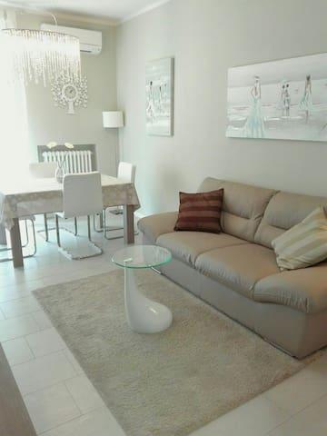 Grazioso appartamento  in centro - Ancona - Lägenhet