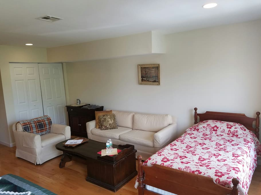 Twin bed and sitting area - you'll have plenty of room to relax when you're not out exploring the city!