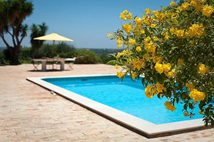 Quinta Murcada is a 4 bedroom villa with pool