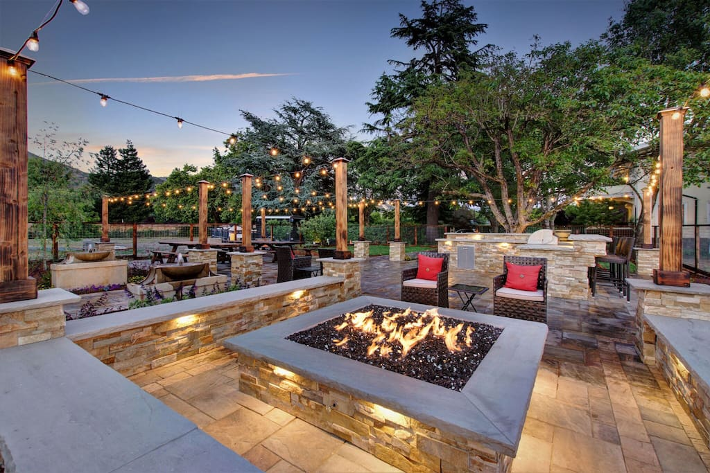 Beautiful New Patio and Fire Pit!
