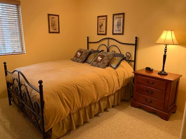 Queen bed in third bedroom.